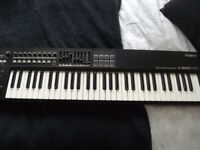 Roland A800 PRO 61 keys midi keyboard , great condition, with manuals