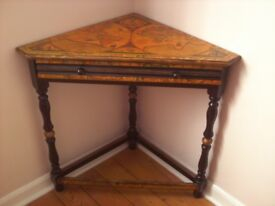 VINTAGE CORNER TABLE DECORATED WITH ANTIQUE MAP DESIGN.