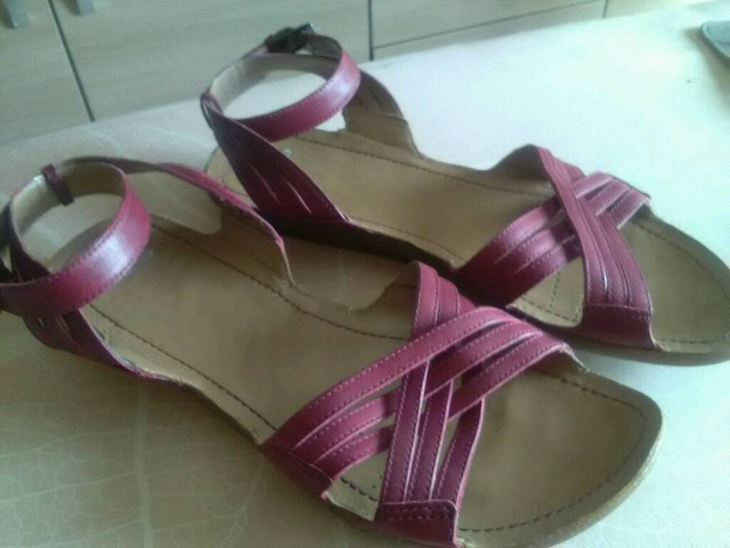 7edd6a386 BRAND NEW CLARKS LADIES SANDALS SIZE 7