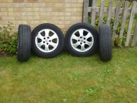 ALLOY WHEELS WITH TYRES