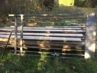 Single gate , 2.5 mtr high , 1.25 mtr wide , galv steel