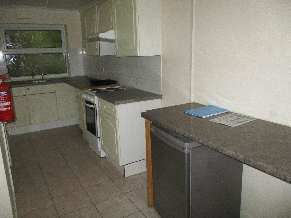 1 Bed Ground Floor Flat, Milford Haven