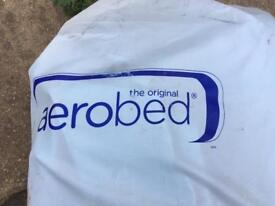 Aerobes- Double inflatable bed - built in pump