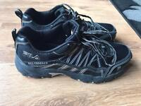 Black trainers size8, ideal for mountain biking