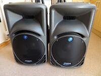 Mackie SRM 450 V1 Active PA speakers + stands (PAIR), rarely used