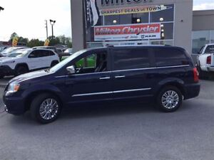 2016 Chrysler Town & Country LIMITED NAVIGATION SAFETYTEC LEATHE