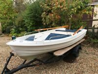 Texas 360 fibreglass boat, with cover, oars, cushions, lockable storage box and trailer