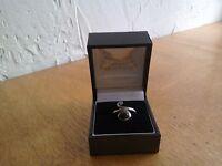 Unique platinum, diamond and diopside ring