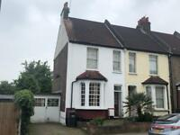 Charming, Period 2/3 Bedroom House in 5 Minutes to Norwood Junction Train Station