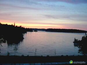 385 000$ - Maison à un étage et demi à vendre à Alma Lac-Saint-Jean Saguenay-Lac-Saint-Jean image 3