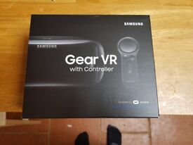 SAMSUNG GEAR VR 2017 HEADSET WITH CONTROLLER