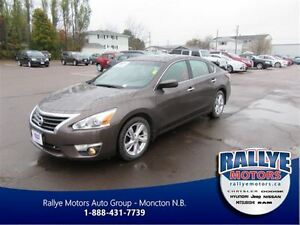 2014 Nissan Altima SV! Back-Up! Alloy! Nav! Sunroof! Heated!
