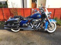 Harley Davidson FLHRC Road King 1584cc