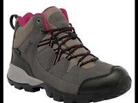 New Regatta Isotex ladies walking boots