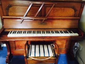 Eberhardt Berlin upright piano