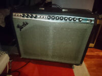 Vintage FENDER Pro Reverb Silverface 70w Guitar Amplifier Twin Deluxe 2 x 12 Combo Amp Shoreditch