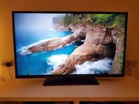 Hitachi 42 Inch Full HD Freeview HD Smart TV - Excellent Condition