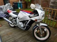 Yamaha FZR400 Project