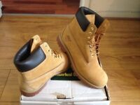 Timberland boots Tan size 9.5 (boxed)£120