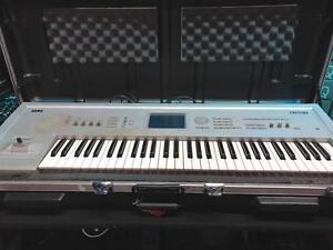 Korg Triton 61 key Music Workstation ( used )