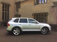 Stunning Porsche Cayenne, must be seen.
