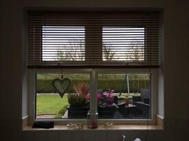 2 no wooden window blinds