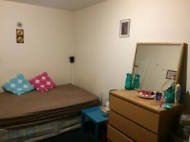 Double bedroom including Toilet and shower