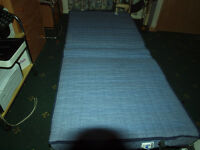 Folding bed single