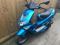 Peugeot Speedfight 100cc scooter moped low miles 12 months mot