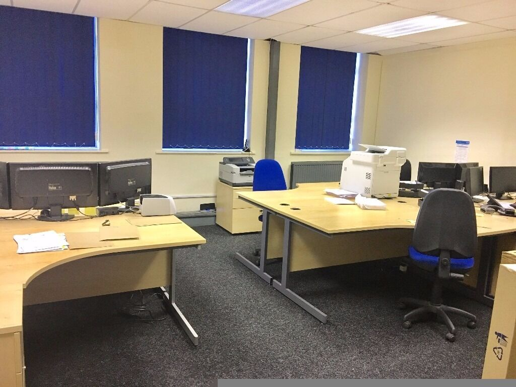 ***AFFORDABLE OFFICE SPACE - PROMINENT LOCATION***