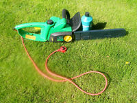 Electric chainsaw, excellent condition, £30