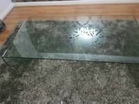 Desighner big beautiful toughened glass coffee table