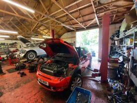 Mechanic Workshop/Garage