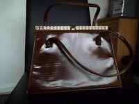 1930s vintage handbag. Real leather, A stunning piece.