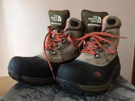 BOYS NORTH FACE WALKING BOOTS - UK SIZE 1