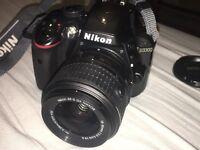 NIKON D3300 DSLR Camera – Black *VERY GOOD CONDITION