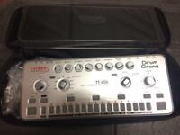 Cyclone analogic TT 606 analogue drum machine tr 606