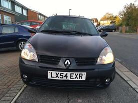 Renault Clio in Warranty