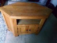 Solid Oak TV corner unit in perfect condition