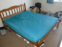 Pine Kingsize double bed
