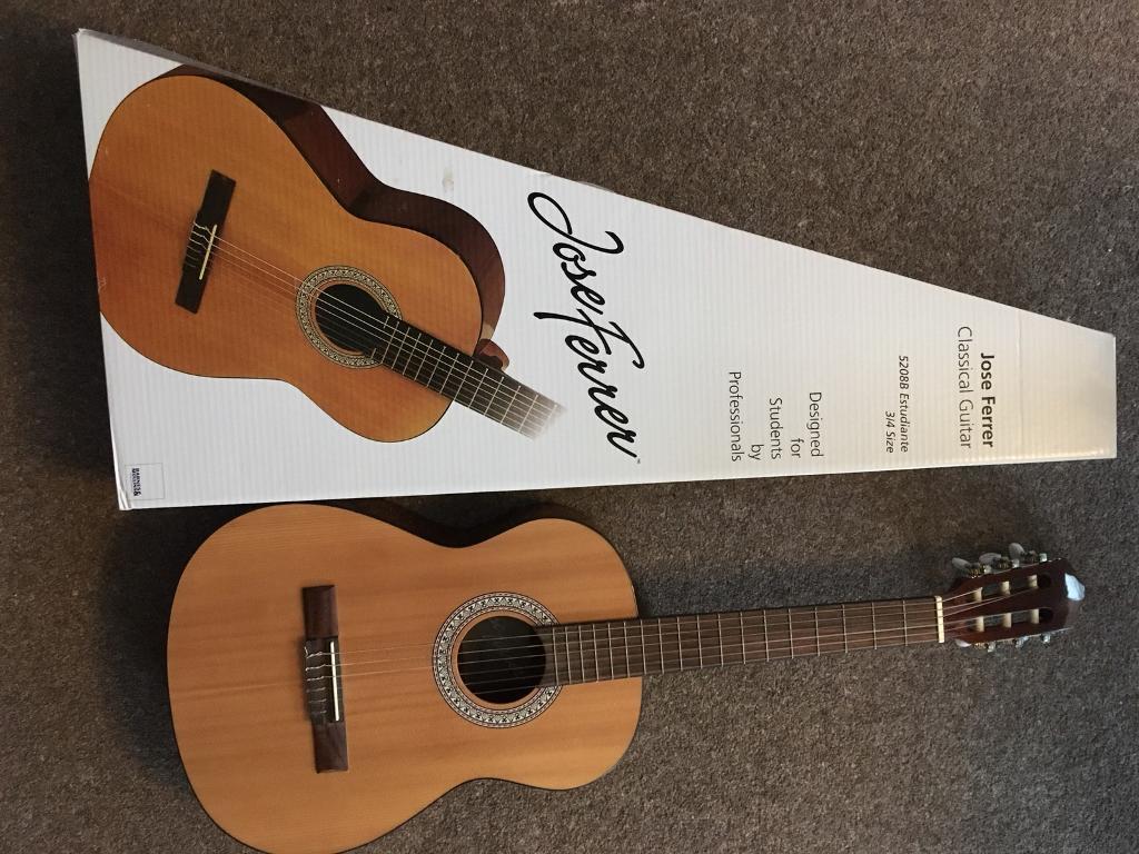 Child's classical guitar Jose Ferrer 3/4 size