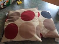 Cushions with large dots