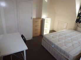 Nice & spacious double room in **CANNING TOWN**