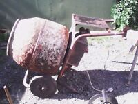 Belle 140, mixer. Cheap mixer, 250v Electric concrete / cement mixer, with stand.