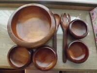 WOODEN BOWL SET 7 PIECES