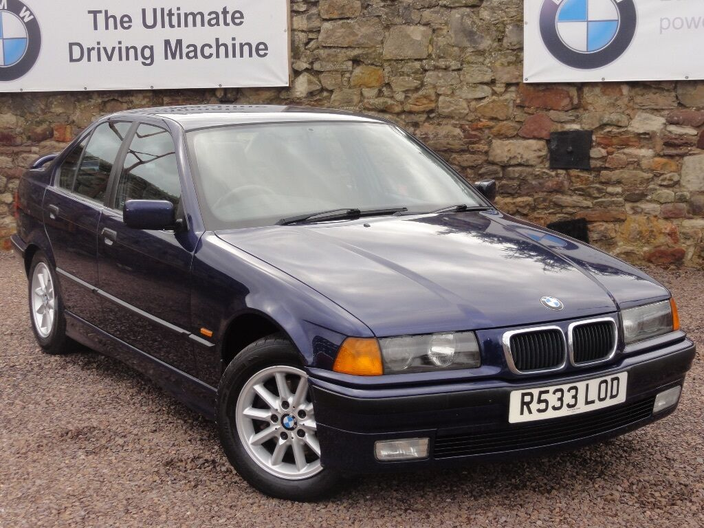 bmw e36 323i se saloon manual only 55k miles mot 1 year fsh just had a full service. Black Bedroom Furniture Sets. Home Design Ideas