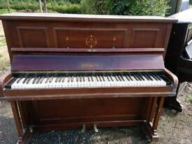 ** FREE ** Wooden Piano