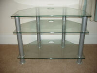 Corner TV Stand in tempered glass in excellent condition