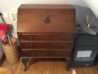 Dark traditional style bureau - really nice quality, with lock & key