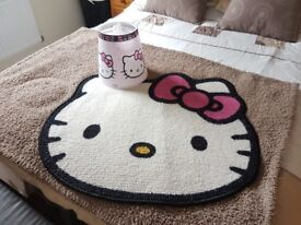 Hello kitty lampshade and mat